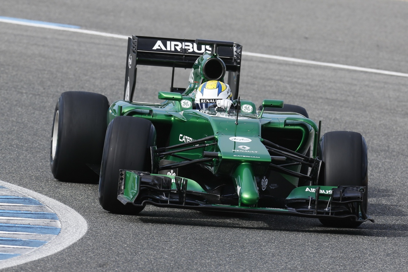 Marcus Ericsson racing
